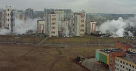 В минском Сухарево прорвало горячий трубопровод