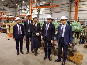 Завод «Курганспецарматура» посетила делегация «Газпром нефти»