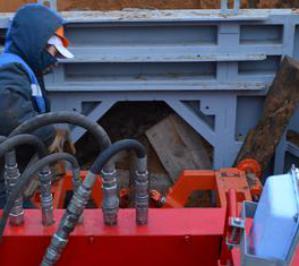 МНБШ-600 строит самотечную канализацию